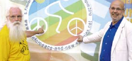 Bike for Peace and New Energies besucht den Bielefelder Verlag.